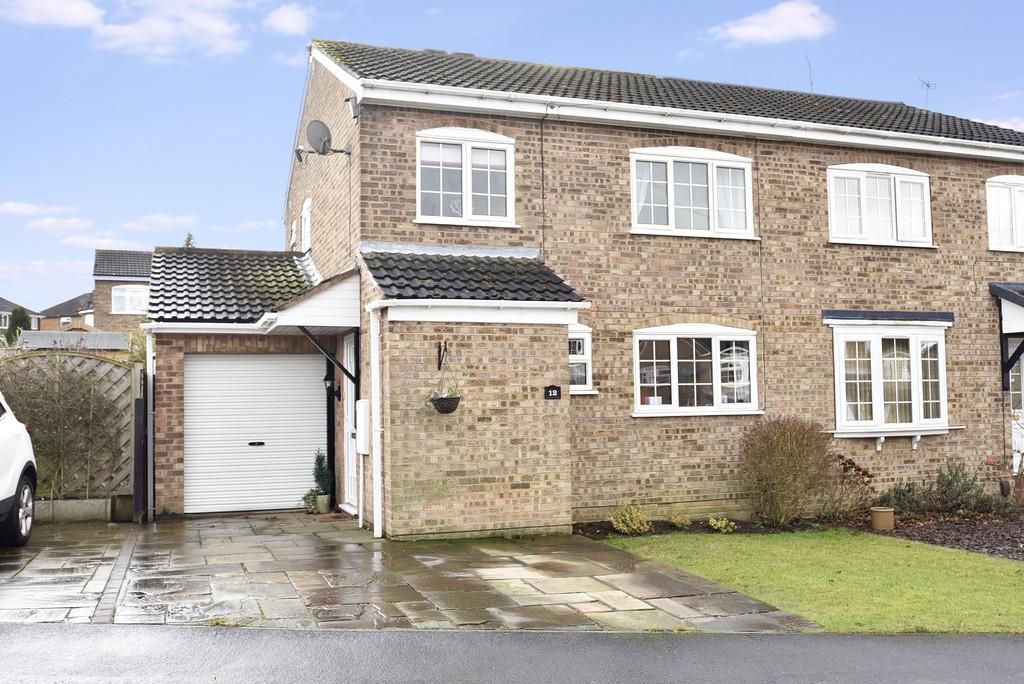 3 Bedrooms Semi Detached House for sale in Coleridge Drive, Harrogate