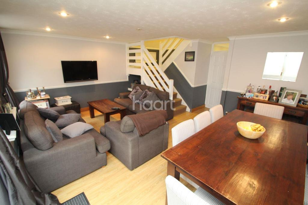 3 Bedrooms End Of Terrace House for sale in Holme Park, Red Road, Borehamwood