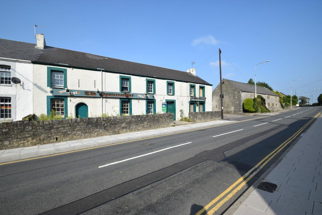 3 Bedrooms Barn Conversion Character Property for sale in LOT 4: Former Oyster Catcher Public House, High Street, Laleston, Bridgend, CF32 0HL