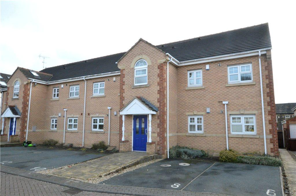 2 Bedrooms Apartment Flat for sale in Fulneck Court, Pudsey, West Yorkshire