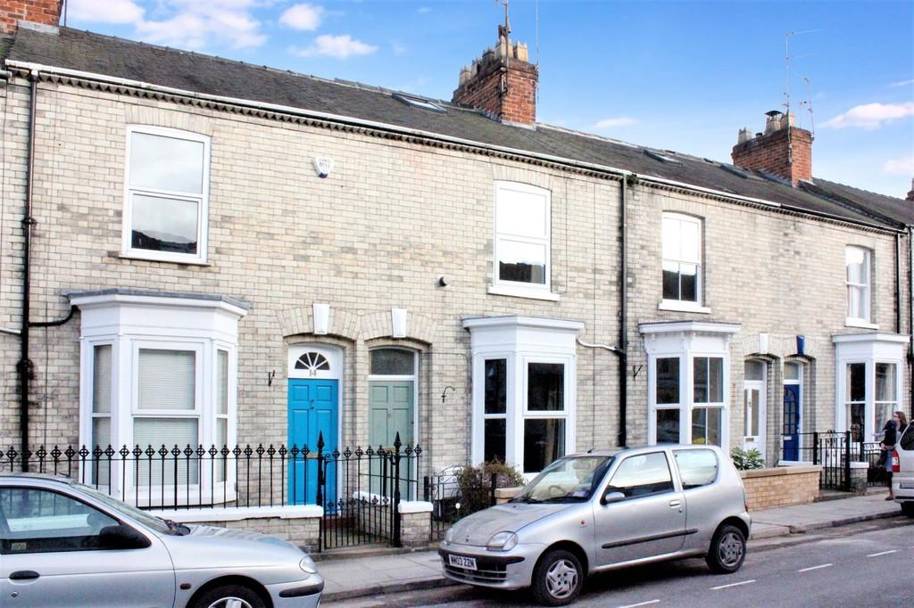 3 Bedrooms Terraced House for sale in 16 Russell Street York YO23 1NW
