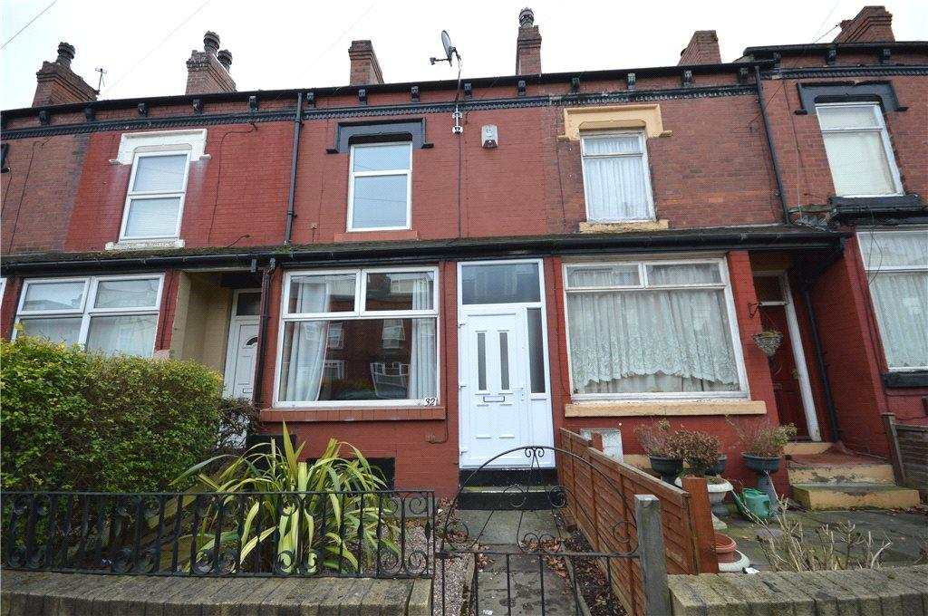 3 Bedrooms Terraced House for sale in Cross Flatts Place, Leeds, West Yorkshire