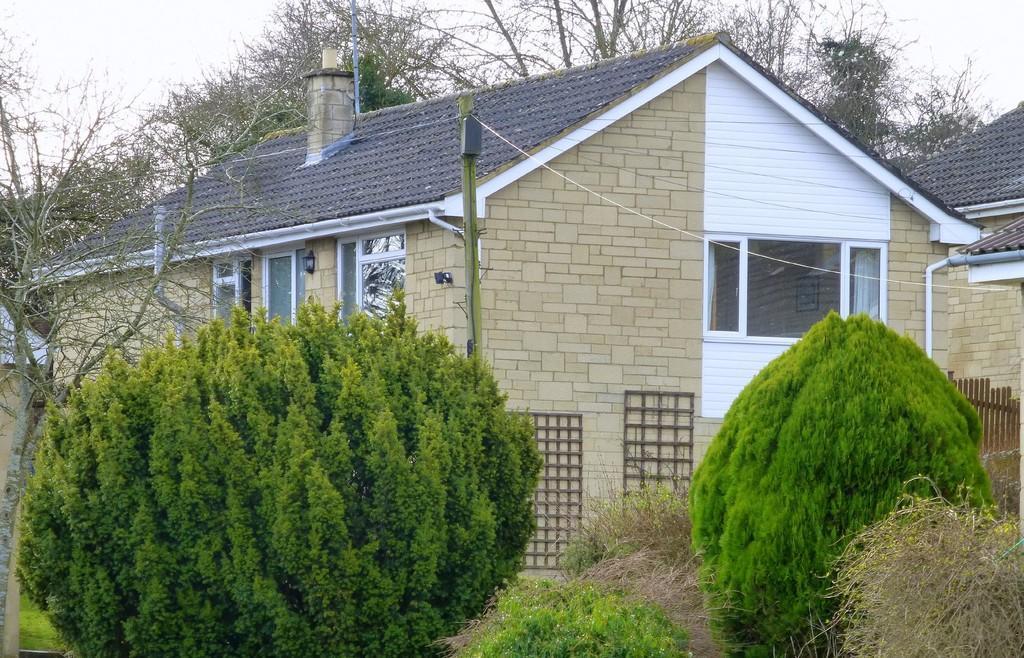 3 Bedrooms Detached Bungalow for sale in Elms Cross Drive, Bradford On Avon
