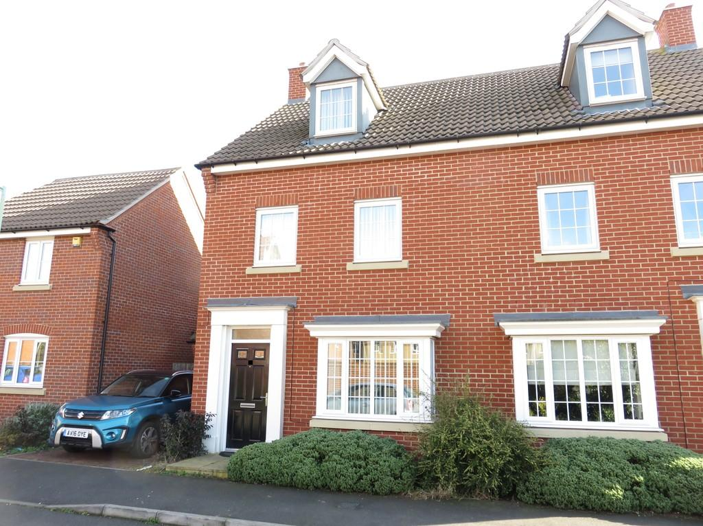 3 Bedrooms Town House for sale in Fennel Drive, Red Lodge