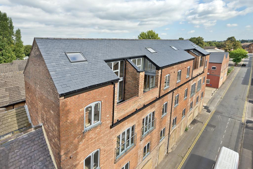 2 Bedrooms Apartment Flat for sale in Flat 9, Nelson Dale, Warwick