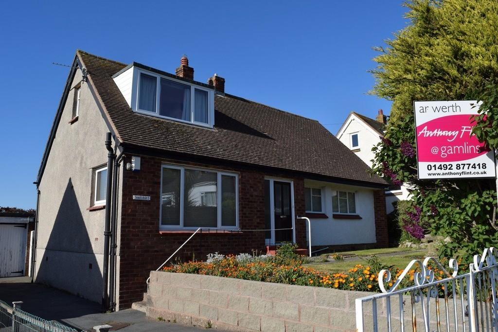 2 Bedrooms Detached Bungalow for sale in Hawes Drive, Deganwy