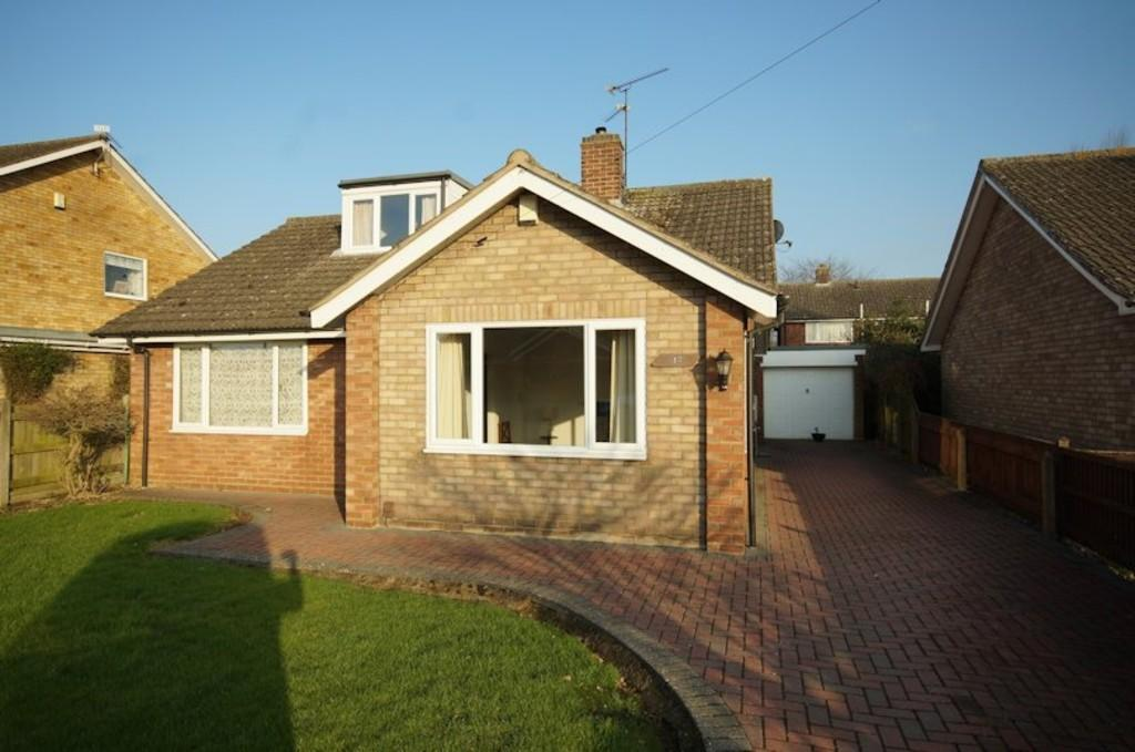 5 Bedrooms Detached Bungalow for sale in Robertson Close, Waddington