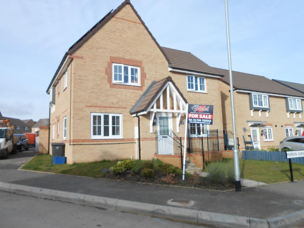 4 Bedrooms Detached House for sale in Marrian Avenue, Thurcroft