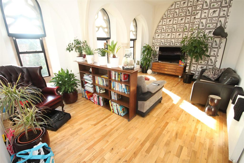 2 Bedrooms Flat for sale in St Edmunds Church, Alexandra Road South, Manchester
