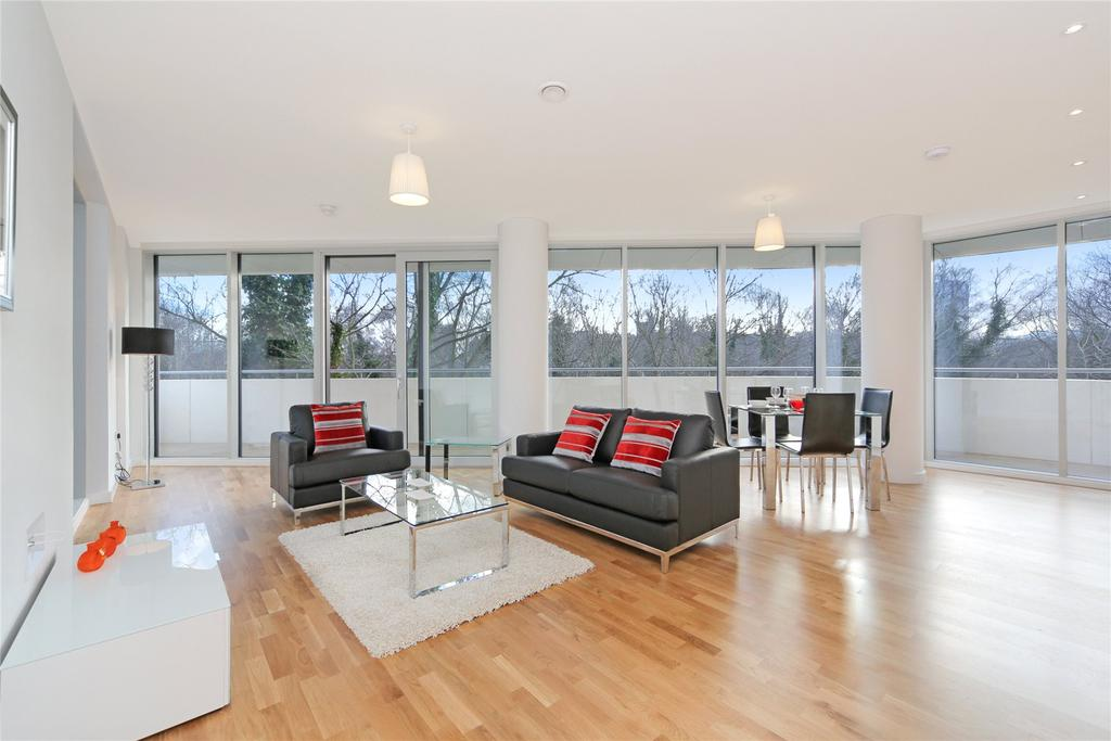 1 Bedroom Flat for sale in Chiswick Point, Colonial Drive, Chiswick