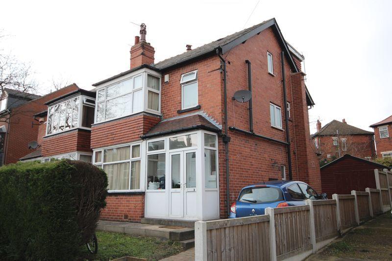 6 Bedrooms House for rent in Derwentwater Grove, Leeds