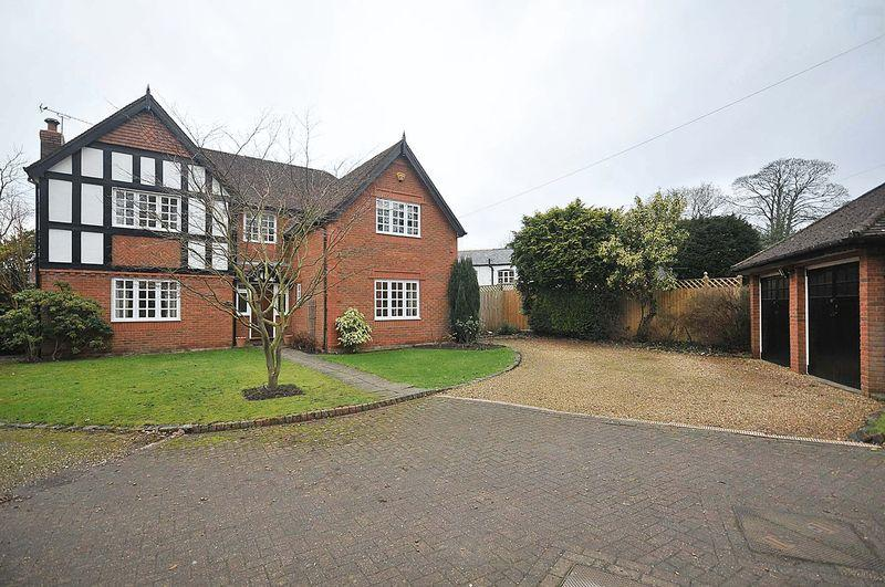 5 Bedrooms House for sale in 564 London Road, Northwich