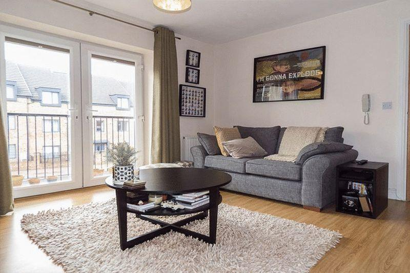 2 Bedrooms Apartment Flat for sale in Durham Road - 2 bedroom apartment with balcony