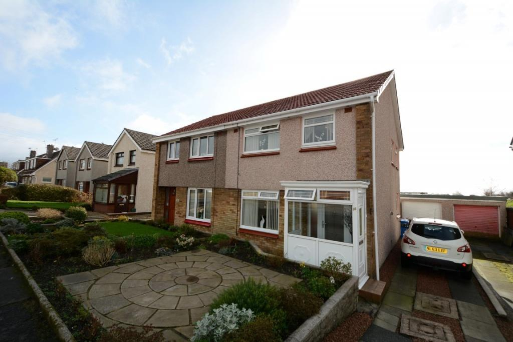 3 Bedrooms Semi Detached House for sale in 33 Whitlees Court, Ardrossan, KA22 7PD