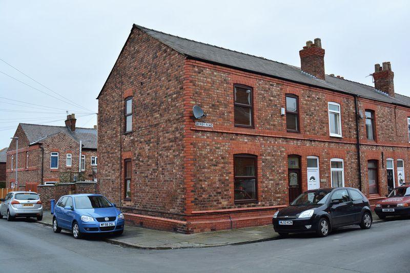 3 Bedrooms End Of Terrace House for sale in Derby Road, Stockton Heath, Warrington