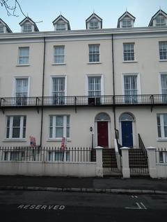 2 bedroom apartment to rent - Derby Square, Douglas, IM1 3LP