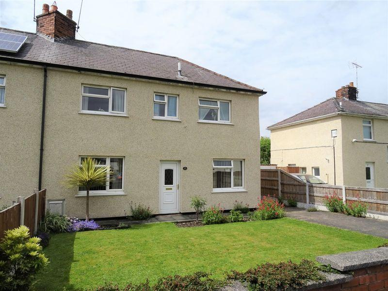 3 Bedrooms Semi Detached House for sale in Sixth Avenue, Wrexham