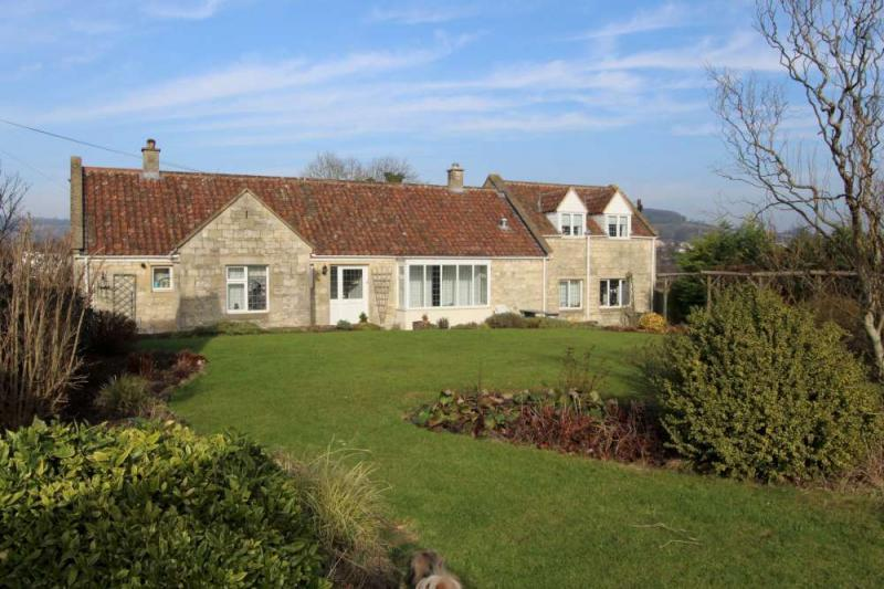 4 Bedrooms Detached House for sale in Bathampton