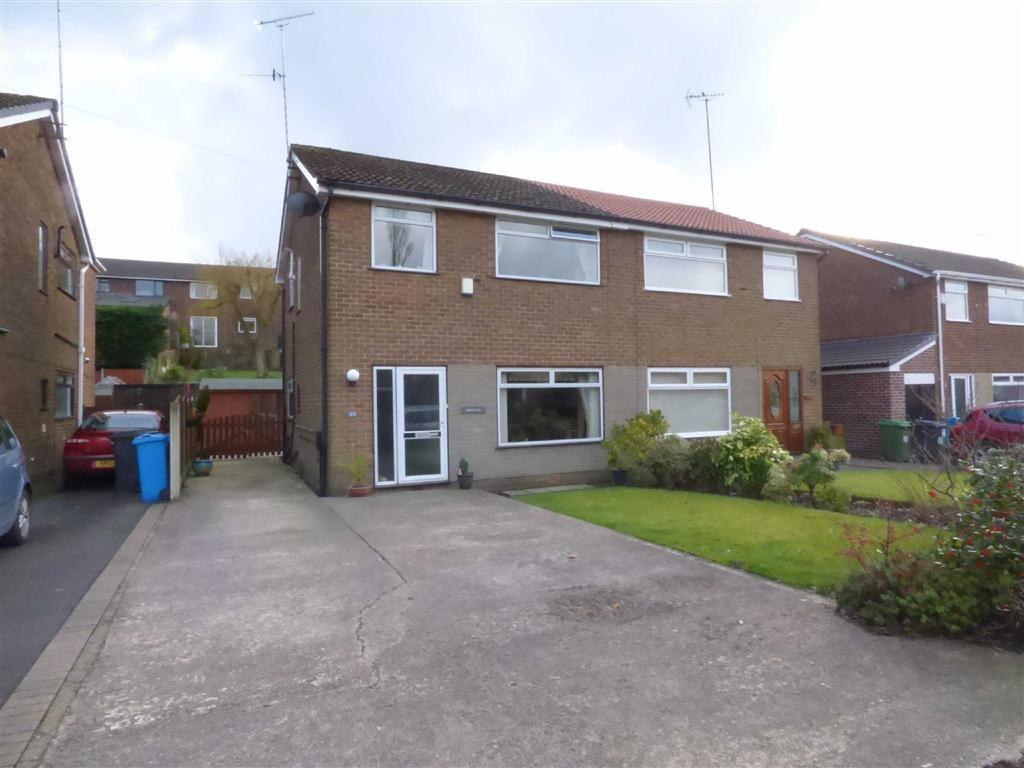 3 Bedrooms Semi Detached House for sale in Oozewood Road, Royton, Oldham, OL2