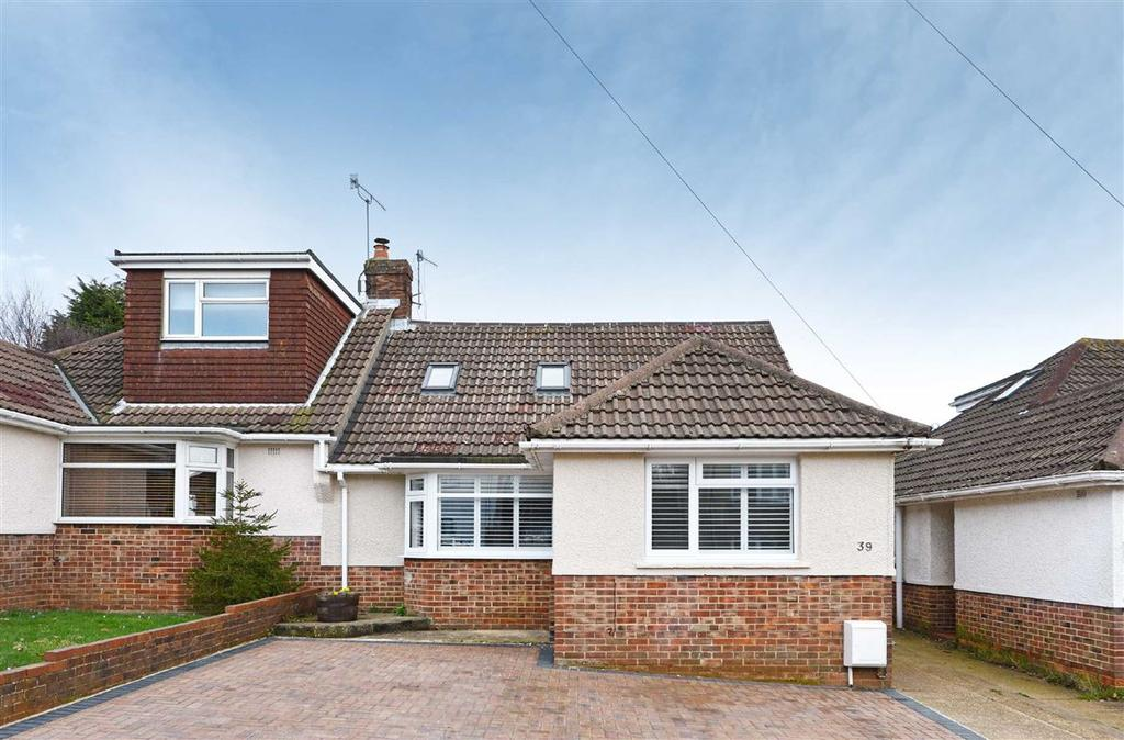4 Bedrooms Semi Detached House for sale in Fairfield Gardens, Portslade
