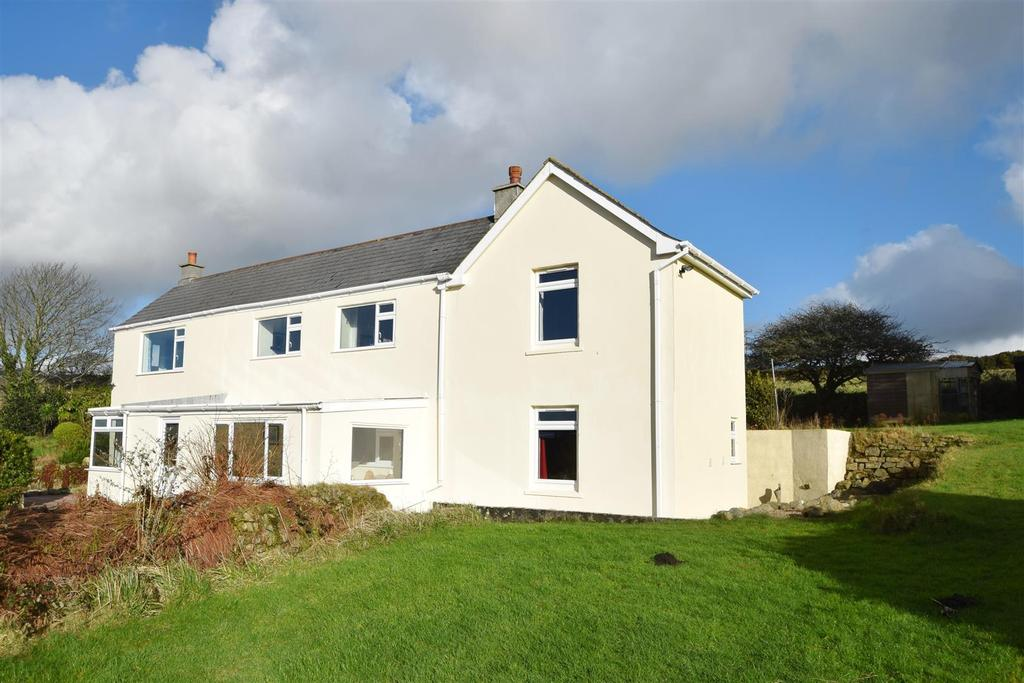 4 Bedrooms Detached House for sale in Carnkie, Helston
