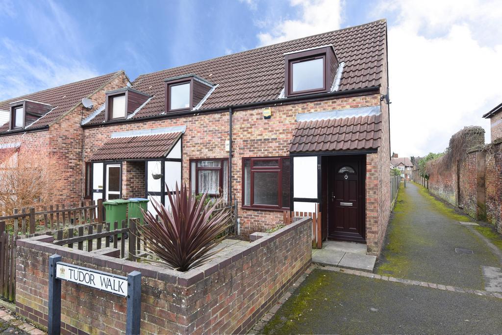 1 Bedroom End Of Terrace House for sale in Tudor Walk, Weybridge KT13