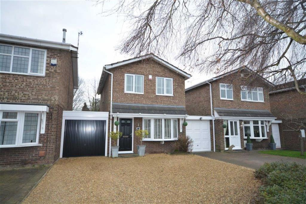 3 Bedrooms Detached House for sale in Constable Close, Bedworth, Warwickshire