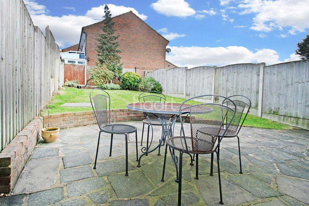 3 Bedrooms Terraced House for sale in Gwynne Park Development, Woodford Green, IG8