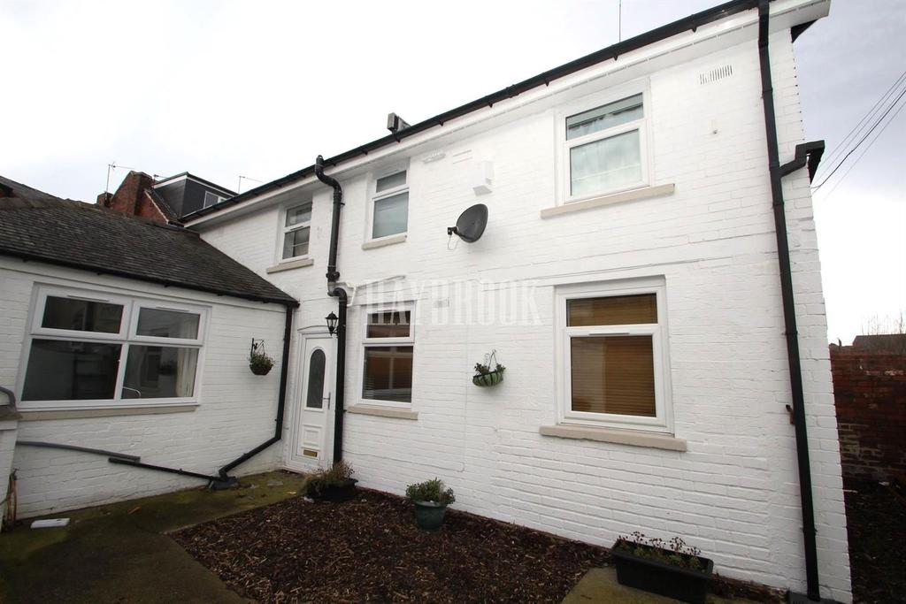 3 Bedrooms Detached House for sale in Shiregreen Lane, Shiregreen
