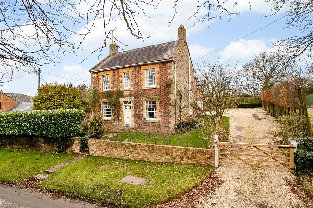 4 Bedrooms Detached House for sale in The Bank, Stourton, Shipston-on-Stour, Warwickshire