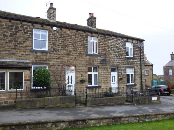 2 Bedrooms Cottage House for sale in 3 Church Street, Cross Hills BD20 8AJ