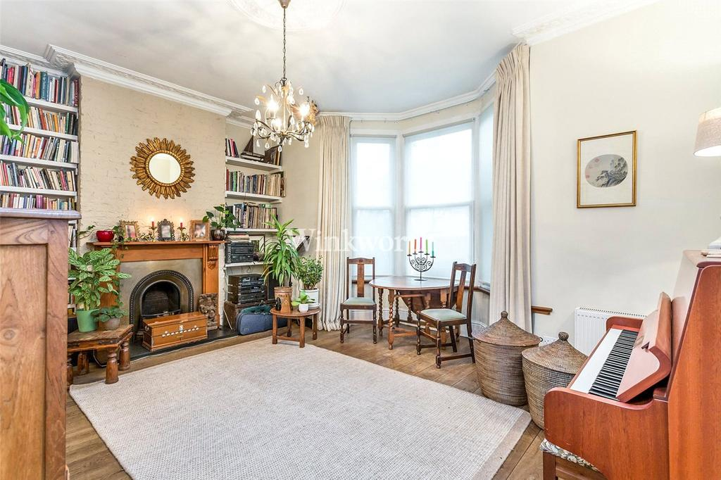 5 Bedrooms House for sale in The Avenue, London, N8