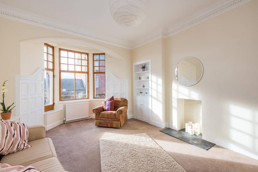 2 Bedrooms Flat for sale in 33b High Street, Dunbar, EH42 1EW