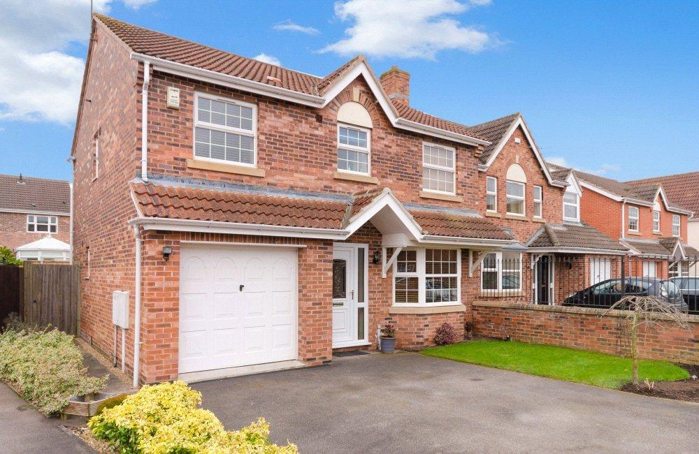 4 Bedrooms Detached House for sale in Oberon Close, Lincoln, LN1