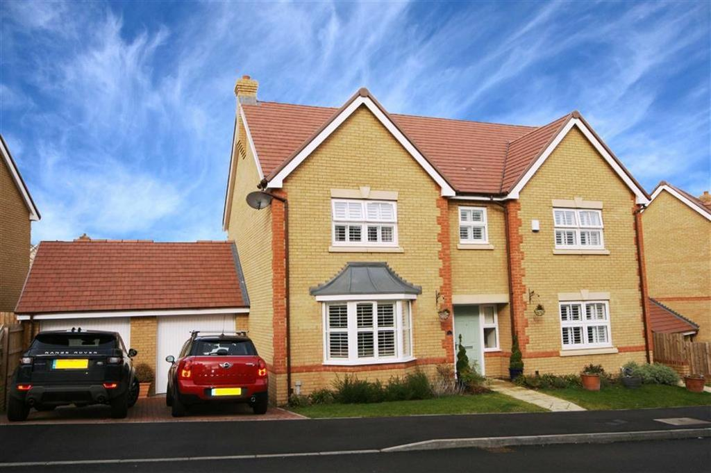 5 Bedrooms Detached House for sale in Longmead, Buntingford