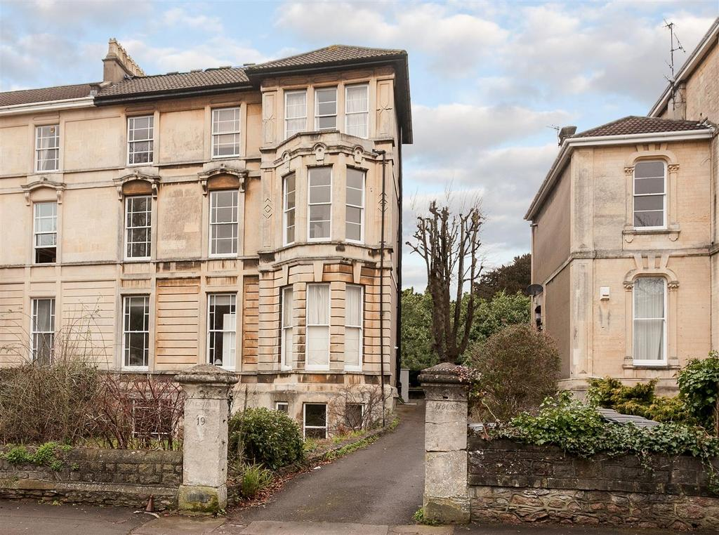 3 Bedrooms Apartment Flat for sale in Apsley Road, Bristol