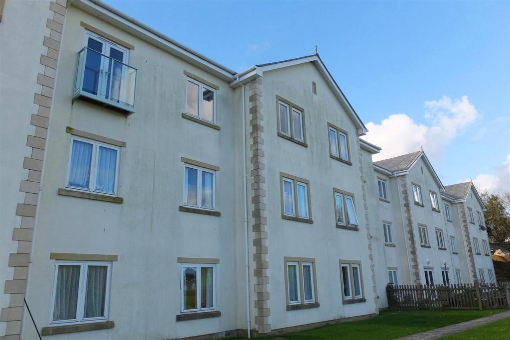 1 Bedroom Flat for sale in Roseland Parc, Tregony