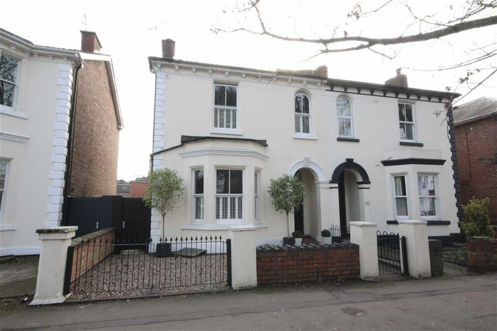 4 Bedrooms Semi Detached House for sale in Radford Road, Leamington Spa, Warwickshire, CV31