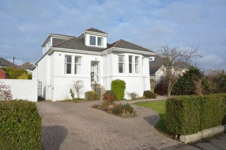 5 Bedrooms Detached Bungalow for sale in 3 Stamperland Drive, Clarkston, G76 8HD
