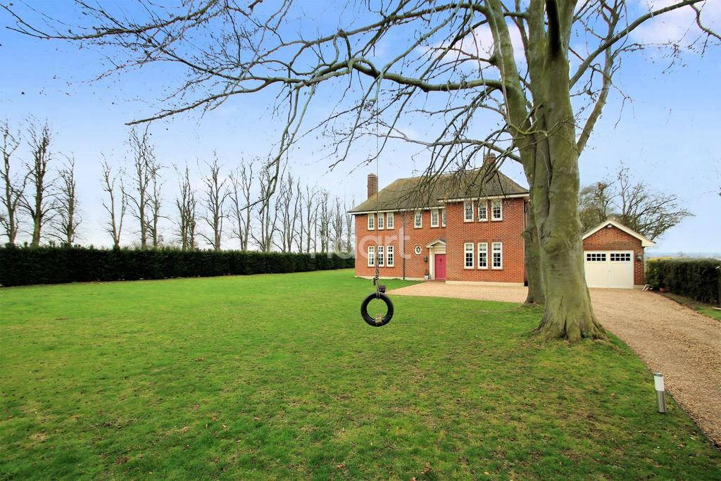 4 Bedrooms Detached House for sale in Shopland, Rochford