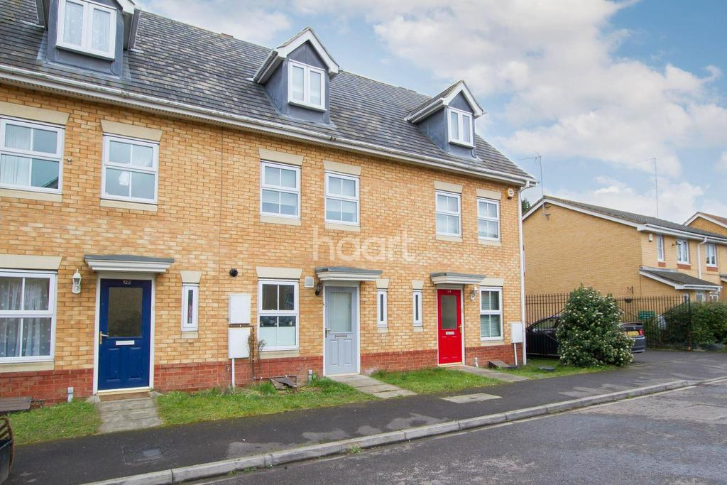 3 Bedrooms Terraced House for sale in Morgan Close, Luton