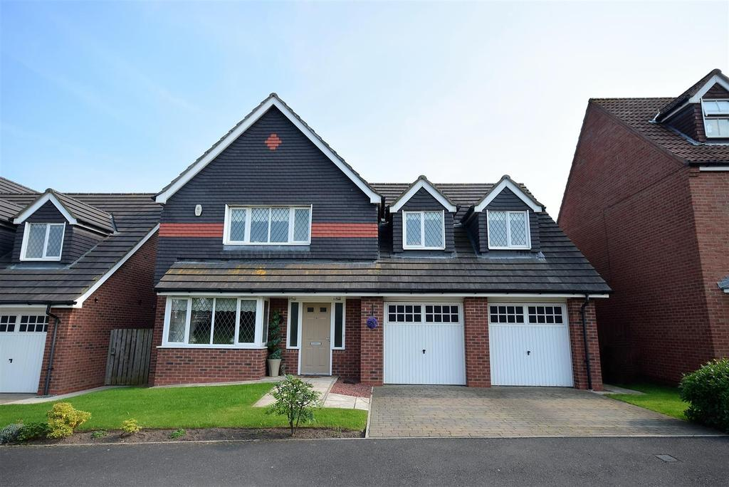 4 Bedrooms Detached House for sale in Hopton Drive, Hawksley Grange, Sunderland