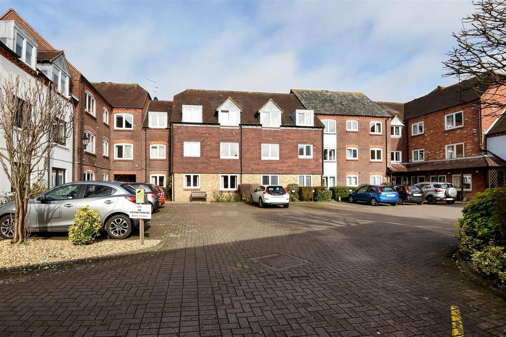 1 Bedroom Retirement Property for sale in Henty Gardens, Chichester