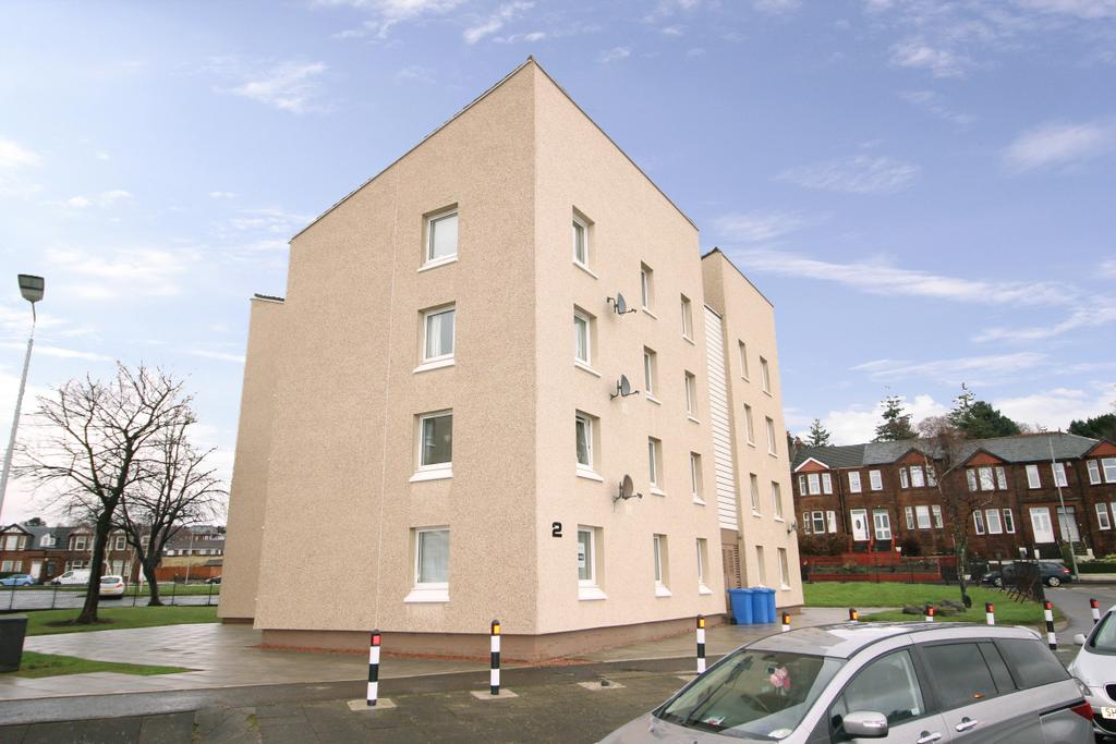 2 Bedrooms Flat for sale in 2/4 Arran Place, Clydebank, G81 2PT