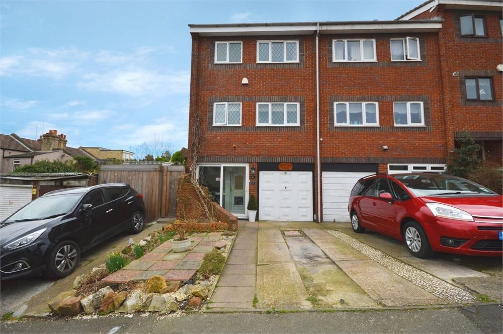 3 Bedrooms End Of Terrace House for sale in Gladeswood Road, Belvedere