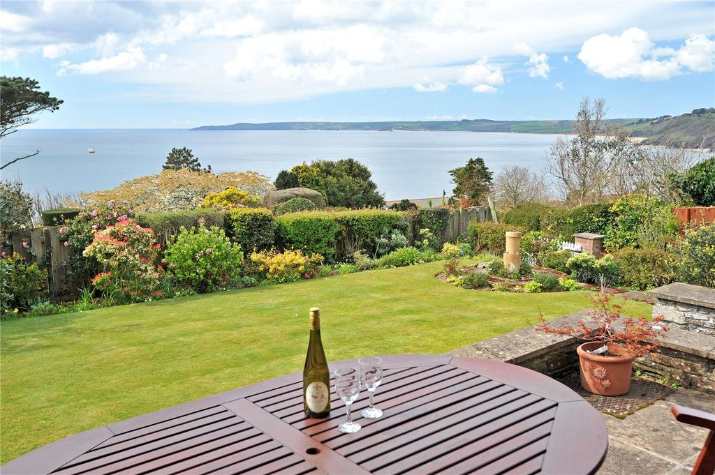 4 Bedrooms Detached Bungalow for sale in Overseas Estate, Stoke Fleming, Dartmouth, TQ6