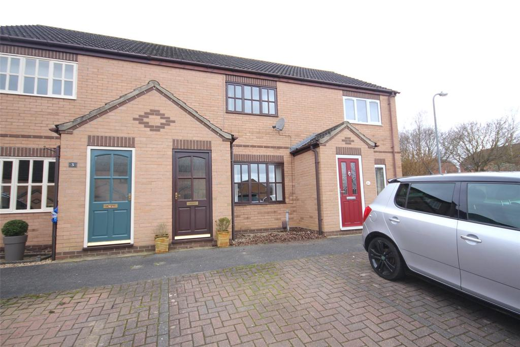 2 Bedrooms Terraced House for sale in Belton Square, Heighington, LN4