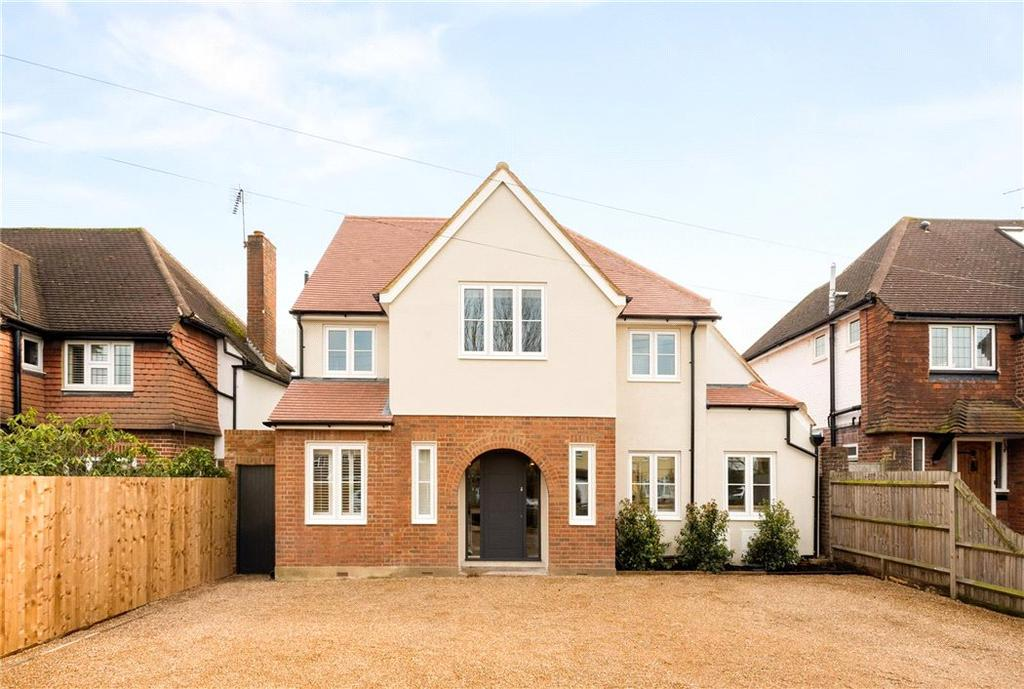 4 Bedrooms Detached House for sale in Manor Road South, Esher, Surrey, KT10