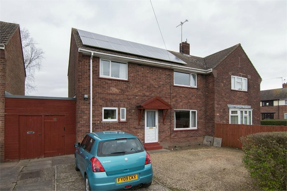 3 Bedrooms Semi Detached House for sale in Brewster Road, Boston, Lincolnshire