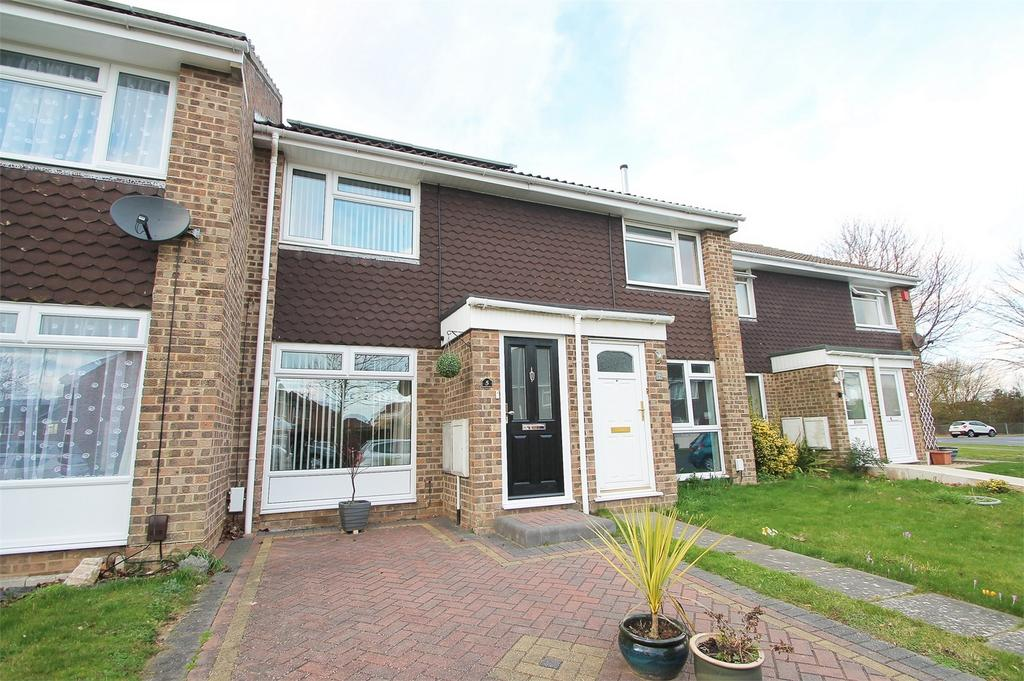 2 Bedrooms Terraced House for sale in Twyford Drive, Lee-on-the-Solent, Hampshire